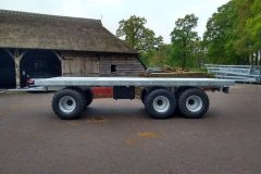 Landbouwwagen op 710mm brede banden